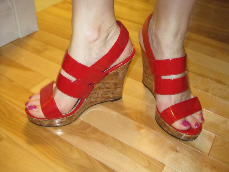 fashionablepeople.files.wordpress.com_2009_11_1-nina-new-york1