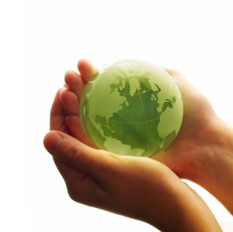 storyimg1_green_gift_green_globe