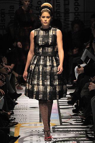 fashionablepeople.files.wordpress.com_2010_07_00090m