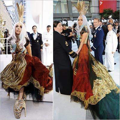 4.bp.blogspot.com__ZOYP1y9e4s8_TI6ygC8fK9I_AAAAAAAACJc_YO-fugEmyDM_s1600_Lady-Gaga-fashion-VMA_400