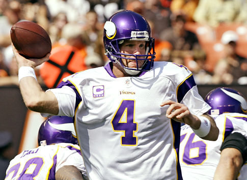 whatupsports.files.wordpress.com_2010_09_brett_favre_vikings
