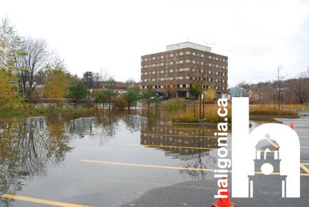 storyimg11_110810_flood1