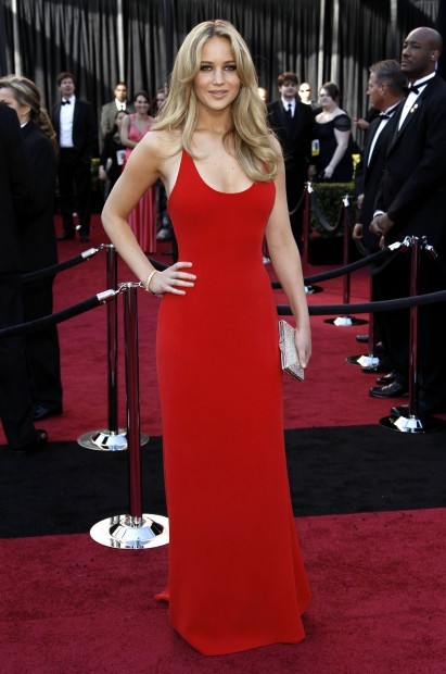 fashionablepeople.files.wordpress.com_2011_02_jennifer-lawrence-2011oscars