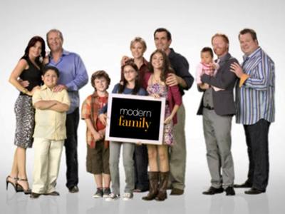 2.bp.blogspot.com_-eFRz7m_atLU_Td-vLOZyB8I_AAAAAAAADwk_GSH9yRiL3So_s1600_modern-family