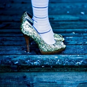 fashionablepeople.files.wordpress.com_2011_05_socks-glittershoes