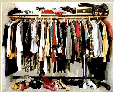 1.bp.blogspot.com_-UhhFTzAz9-o_TlZlgSwxrYI_AAAAAAAAAqo_rqwTopcS9Gw_s1600_Clothing-swap-2