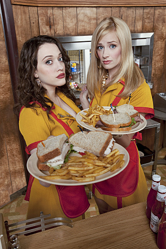 2.bp.blogspot.com_-UVhhgrEarHw_ToHSgsQLi8I_AAAAAAAAEJo_GRzCFZhpVmg_s1600_2-broke-girls-photo