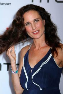 fashionablethings.com_wp-content_uploads_2011_09_macdowell_redcarpet