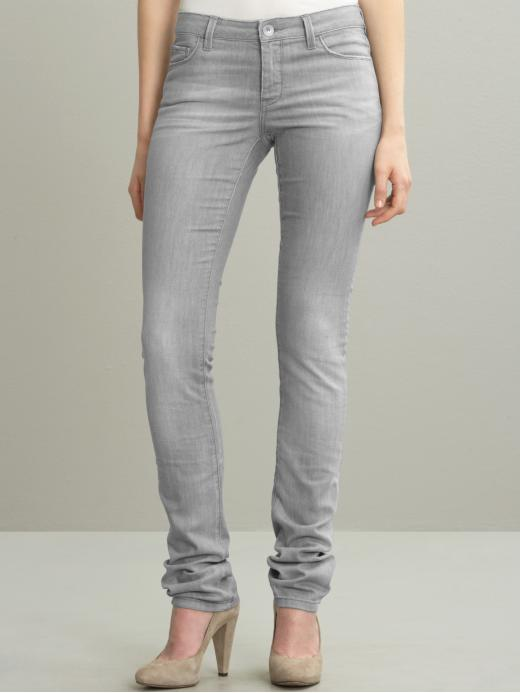fashionablethings.com_wp-content_uploads_2011_10_grey-jeans