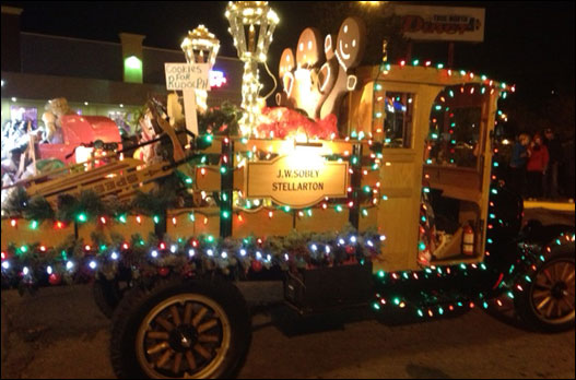 A beautiful evening for the Light Up Bedford Parade!