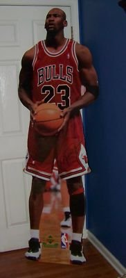 thereacharounds.files.wordpress.com_2011_11_vintage-1998-michael-jordan-upper-deck-chicago-bulls-full-life-size-cut-out_390354362908