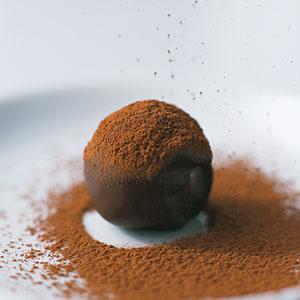 1.bp.blogspot.com_-EkKtG5L4nIs_TwWxyEHm6LI_AAAAAAAABLQ_SXGy257t4gM_s1600_chocolate-truffles-rs-608411-l