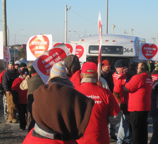 storyimg20_022012_picket1