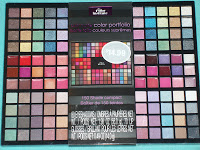 The Color Institute gift sets