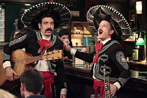 couchtimejill.files.wordpress.com_2012_04_himym-mariachi-band