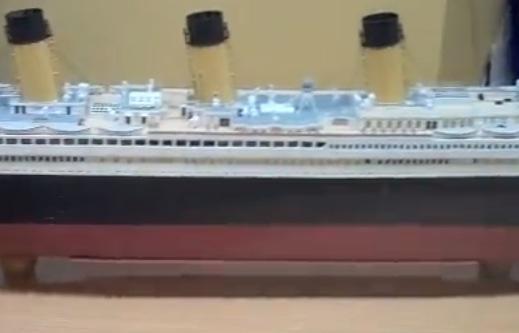 storyimg21_041012_titanic