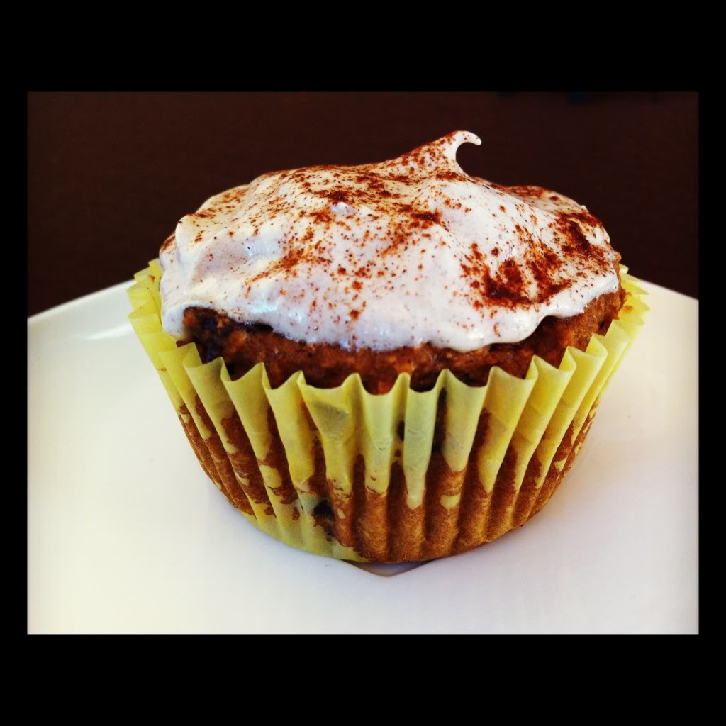 Vegan Pumpkin Spice Cupcakes w/ Cinnamon Rum Icing