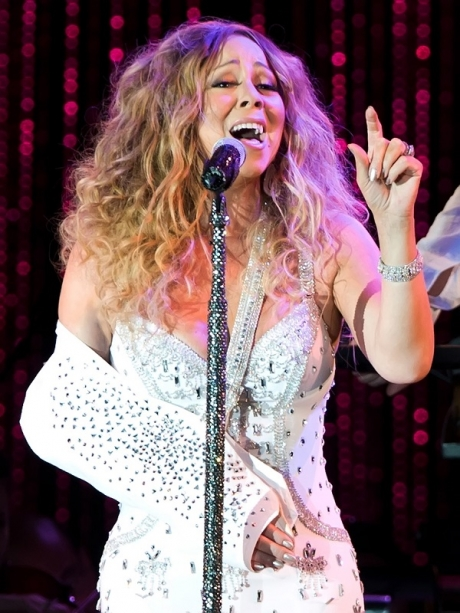 mariah-carey-arm-sling-bling