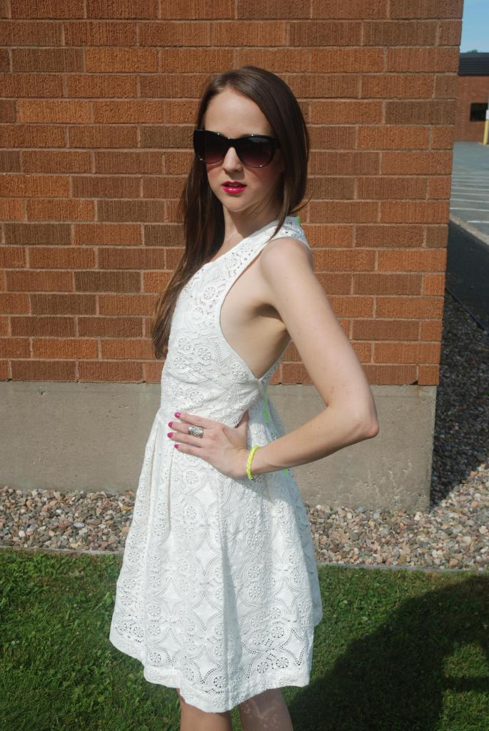 White Lace Dress, Neon, Exposed Zipper, White, Summer Looks, Sun Dresses, pink lipstick, magenta, lovestick, relvon just bitten