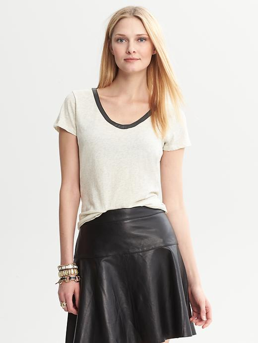 fashionablethings.com_wp-content_uploads_2013_08_Banana-Republic-leather-skirt