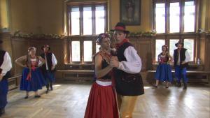 tar dancing