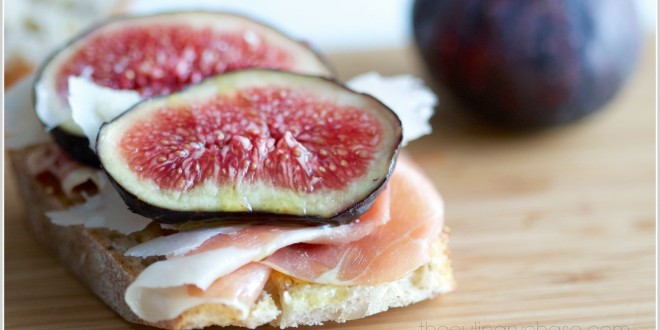 theculinarychase.com_wp-content_uploads_2014_03_fig-crostini-by-The-Culinary-Chase