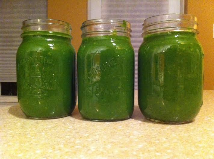 Green Juice. Spinach, Kale