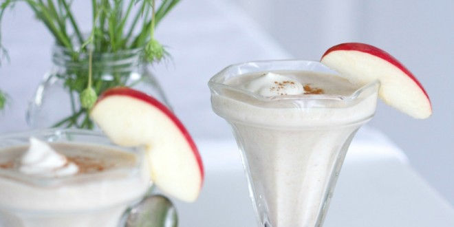 theculinarychase.com_wp-content_uploads_2014_07_apple-pie-shake