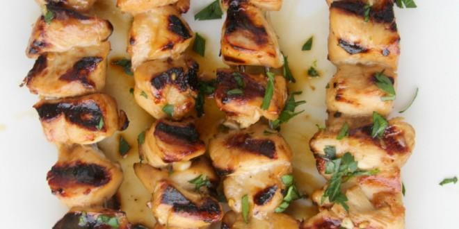 theculinarychase.com_wp-content_uploads_2014_07_honey-garlic-chicken-kebabs