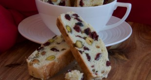 cranberry & pistachio biscotti