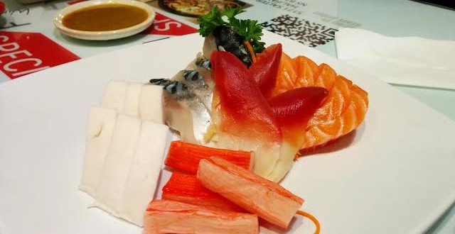 www.eat-this-town.com_wp-content_uploads_2015_02_sashimi