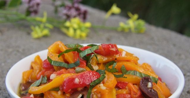 theculinarychase.com_wp-content_uploads_2015_08_grilled-pepper-salad