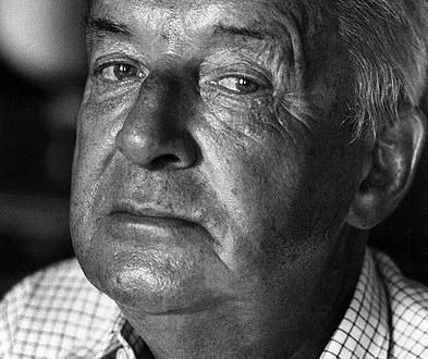 393px-Vladimir_Nabokov_1973