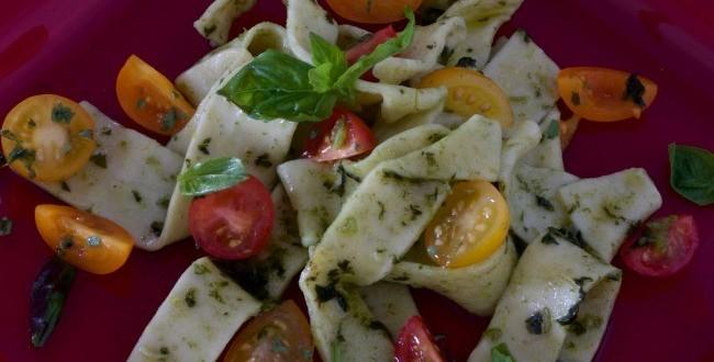 pasta-with-basil-sauce