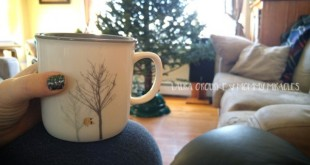 Christmas-Tree-Tea-Settle