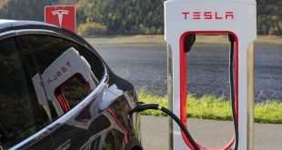 Tesla-supercharging