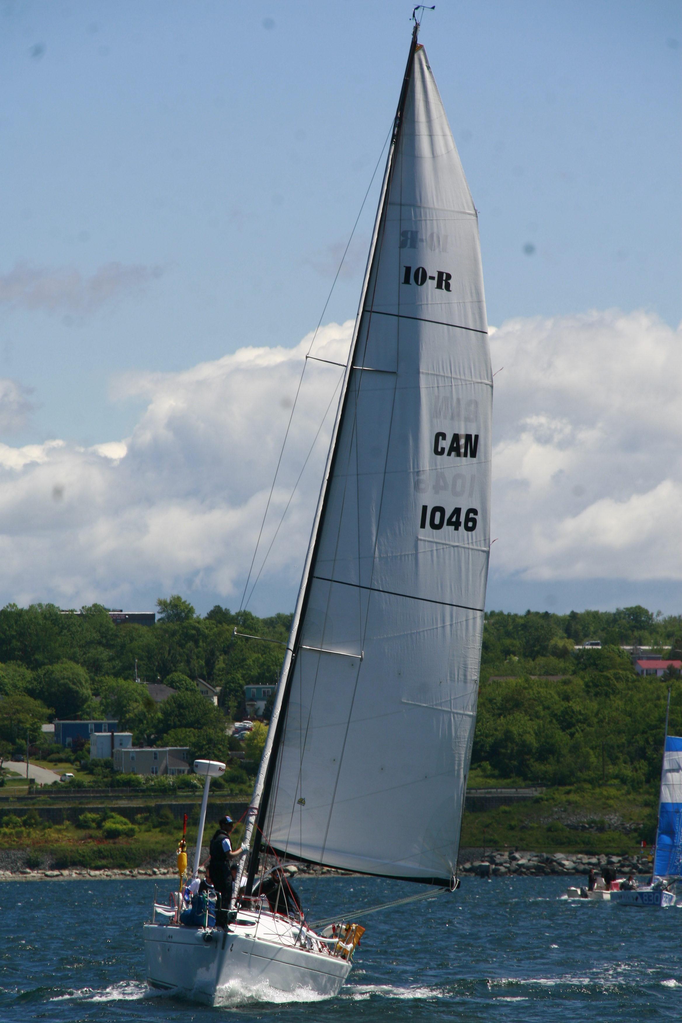 ROUTE Halifax Saint-Pierre  Sets off.