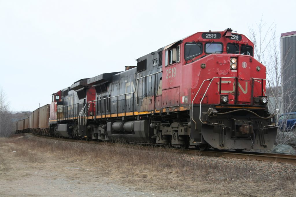 CN makes offer to buy Halterm